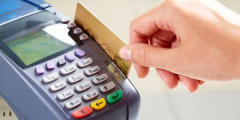 Stretta sui POS: via libera ai micro pagamenti con carta