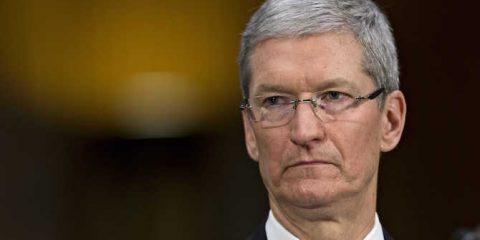 Tim Cook paladino della privacy? Fa marketing per Apple