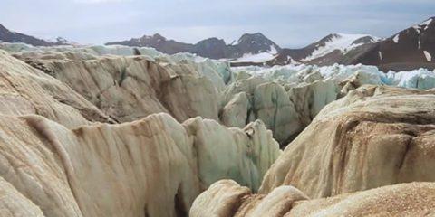 Video Droni. I ghiacciai dell'arcipelago Svalbard (Norvegia) visti dal drone