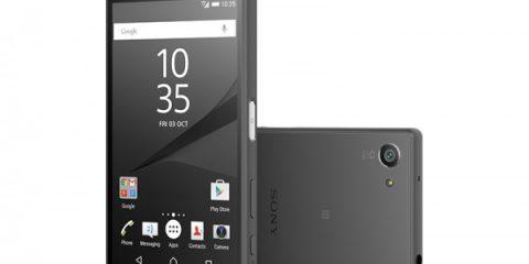 Cosa Compro. Sony Xperia Z5 Compact: smartphone top di gamma in palmo di mano