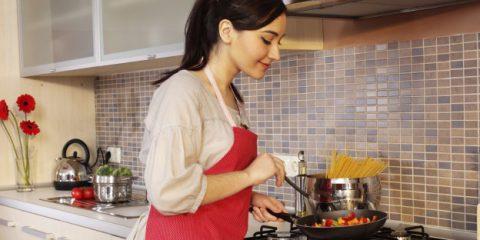 Sos Energia. Tagliare i costi in cucina: consigli infallibili