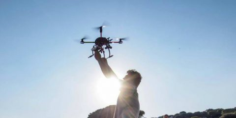 Droni: previste 3 milioni di consegne nel 2017 in aumento del 39%