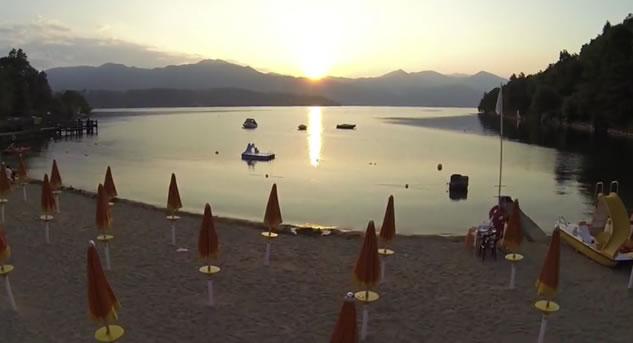 Il lago d'Orta visto dal drone