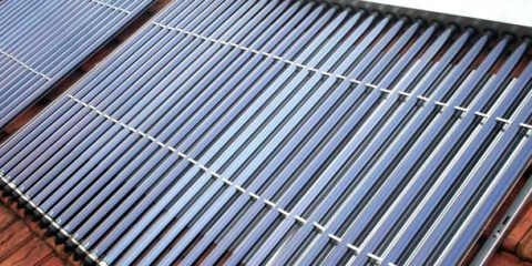 Sos Energia. Pannello Solare Termico: conviene averne uno?