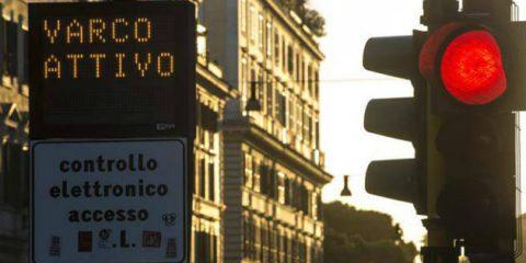 Semafori high-tech a Roma, sbloccati 54 milioni per la smart mobility