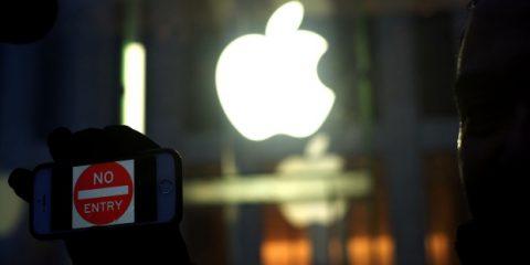 Non tutto l'hacking viene per nuocere. Cosa ci insegna il caso Apple vs. FBI