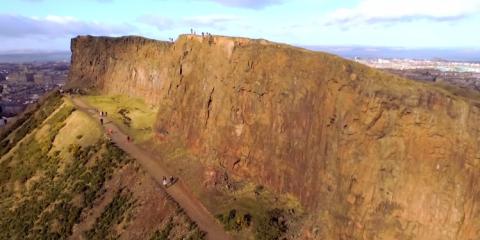 Video droni. Edimburgo vista dal drone