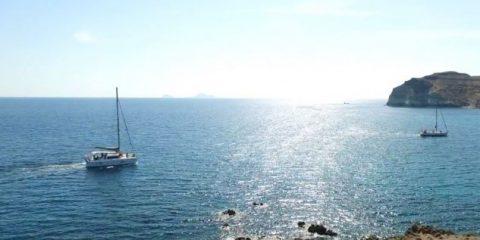 Video droni. Santorini (Grecia) vista dal drone