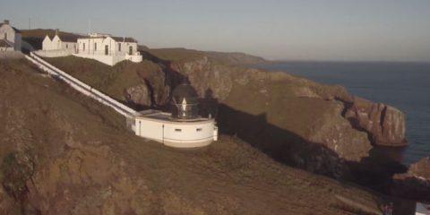 Video droni. La riserva naturale di Saint Abb (Berwickshire, Scozia) vista dal drone