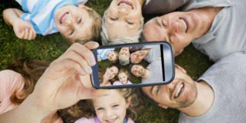 Digital detox in vacanza per i giovanissimi. Meno per gli over 40