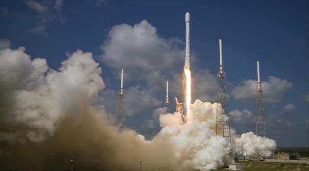 Eutelsat lancia nuovo satellite a propulsione elettrica Satellite-630x350