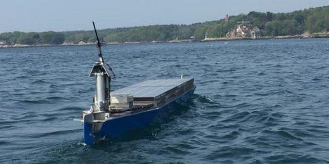 Fotovoltaico: barca solare cerca di attraversare l'Atlantico