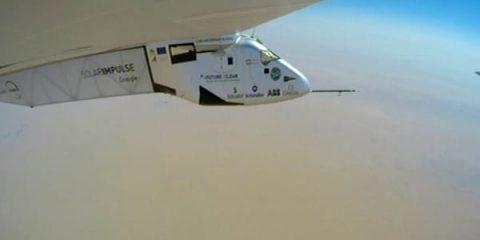 Sos Energia. Solar Impulse, missione compiuta: giro del mondo senza carburante