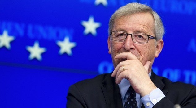Commissione Ue, roaming gratuito da giugno 2017. Guerra gli abusi