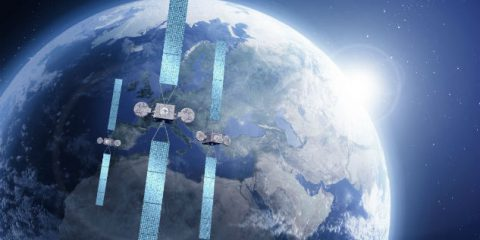 Eutelsat: tv satellitare ancora in crescita in Italia. Ce l'hanno 8,4 milioni di case