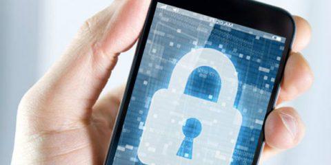 Mobile internet, la metà dei dispositivi connessi non è protetta adeguatamente