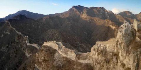 Video droni. Spettacolare: La Grande Muraglia (Cina) vista dal drone
