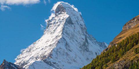 Video droni. I monti e le valli, i laghi e i boschi della Svizzera visti dal drone