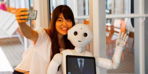 Crociere, ecco 'Pepper', il primo robot assistente e animatore. Parla 3 lingue