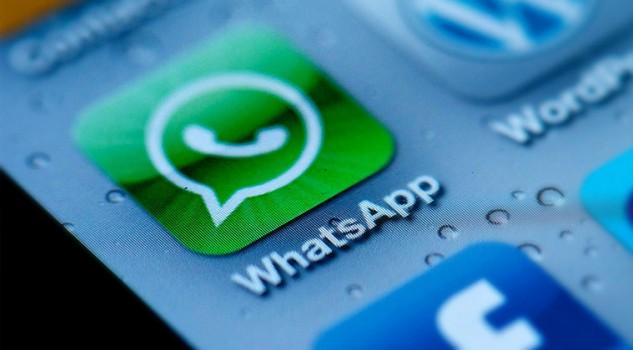 WhatsApp: stop alla condivisione dei dati su Facebook
