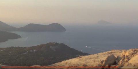Isole Eolie: la potenza della natura, l'anima del Mediterraneo (video)