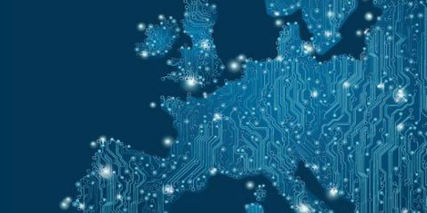 Piattaforma UE, 'Potenziare e promuovere la banda larga per abbattere il divario digitale'