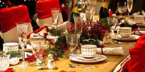 Natale, dieci consigli per cenone e pranzo 'buoni e low cost'
