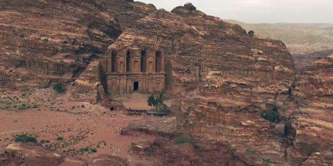 Video droni. Le meraviglie di Petra (Giordania) viste dal drone