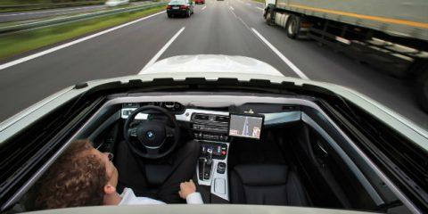 Smart car, già 100 milioni di veicoli nel mirino degli hacker