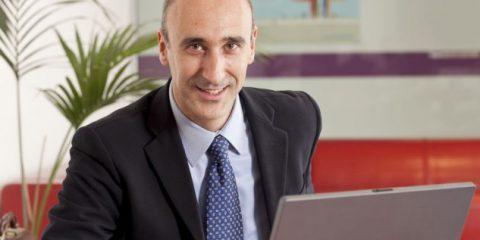 'Fibra strategica, serve una rete pubblica aperta a tutti gli operatori'. Intervista a Simone Bonannini (Interoute)
