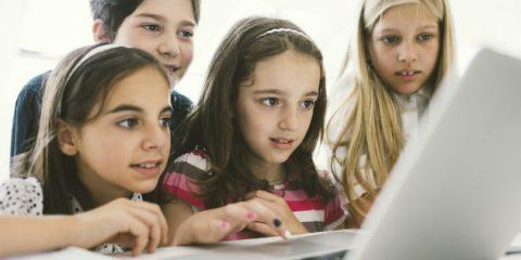 Informatica e coding, ecco il bando per le studentesse