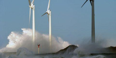Rinnovabili, da fonti pulite 90% della nuova energia elettrica in Europa