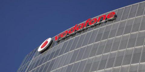 Vodafone Italia: ricavi da servizi +3% nel terzo trimestre. Clienti 4G a quota 8,3 milioni