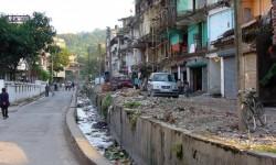 Quando i confini fanno la differenza, India a destra, Buthan a sinistra