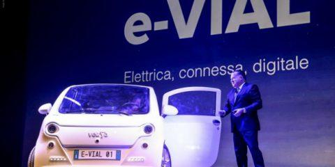 e-VIAL, l'auto elettrica, connessa e digitale di Vetrya
