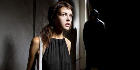 DigiLawyer. Stalking e molestie, quando può configurarsi la condotta penale
