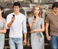 Dipendenza-da-smartphone-sms-e-chat-durante-il-sesso-ed-i-funerali