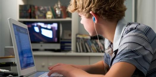teenager-technolog_2716540b