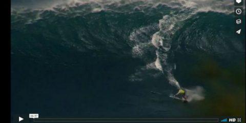 Videodroni. Volate da capogiro con il surf a Maui (Hawai) viste dal drone