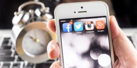 Vorticidigitali. Qual è il segreto per non perdere tempo sui social media?