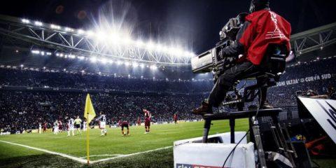 Diritti tv, con l'accordo Sky-Perform alle porte basterà 1 solo abbonamento? Tutte le soluzioni per vedere la Serie A