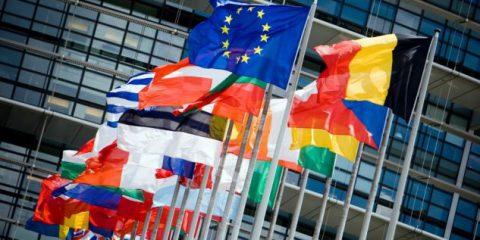 Copyright, partiti i negoziati del trilogo. Gli appelli di autori e creativi Ue 'Approvate la riforma'