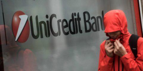 Data breach, violati 400 mila account Unicredit. Per la banca in salvo tutte le password degli utenti