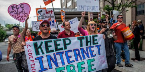 Net neutrality a rischio? Lo scontro (e gli interessi) tra 80mila siti e le Tlc