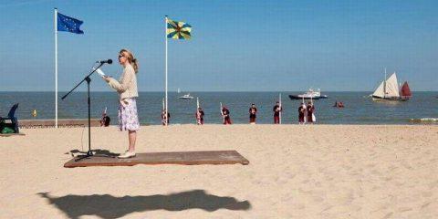 Effetti ottici: Fenomeni di levitazione in spiaggia? No…solo giochi di ombre e un pò di fantasia