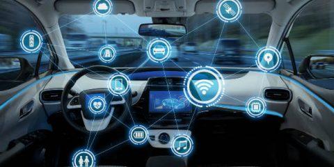 Relazione GEAR 2030, L'UE punti sulle auto elettriche e connesse ma soprattutto sul 5G