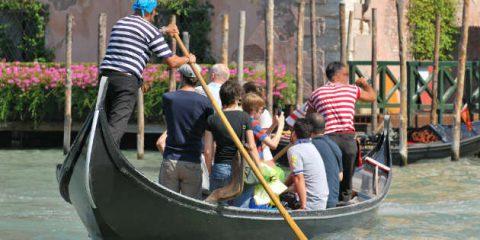 Gondole low cost, un'app a Venezia per condividere il viaggio e spendere meno
