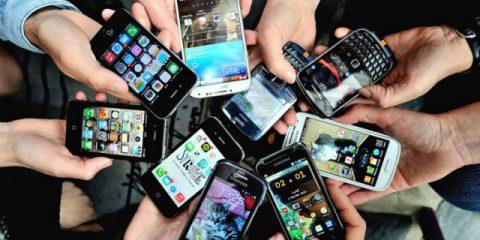 DigiLawyer. Iperconnessi e iperstressati, davvero abbiamo bisogno di tutta questa tecnologia?