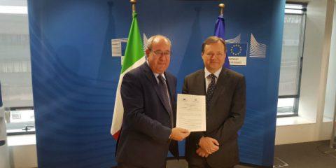 WiFi4EU, Roberto Viola (Commissione Ue) 'Entro il 2020 connessione gratuita fino a 8000 Comuni europei'