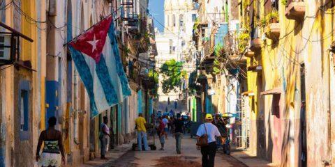 La Spagna riapre il dialogo con Venezuela e Cuba, Rimpasto del governo Trudeau in Canada, Immigrazione